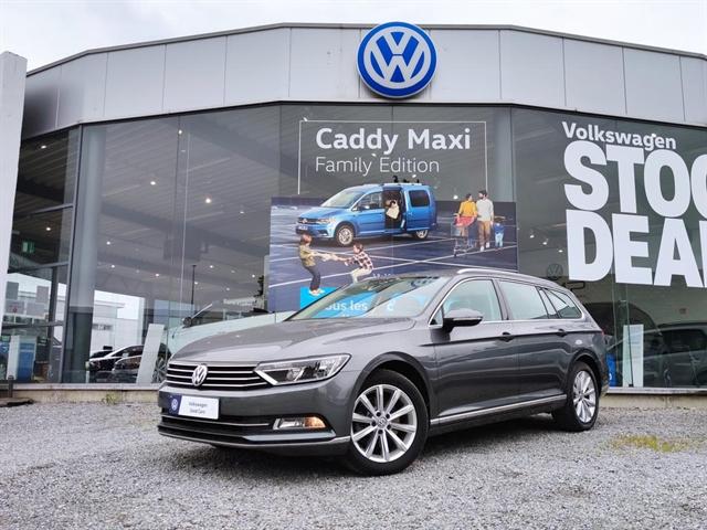 Volkswagen PASSAT VARIANT 1.4 TSI ACT Highline DSG